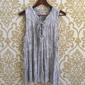Floreat Anthropologie Top Size 12 Lace Up Detail